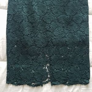 H&M green lace pencil skirt